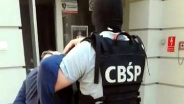 """26-09-2018 07:57 Policja zatrzymała 26 osób podejrzewanych o udział w """"grupie ożarowskiej"""""""